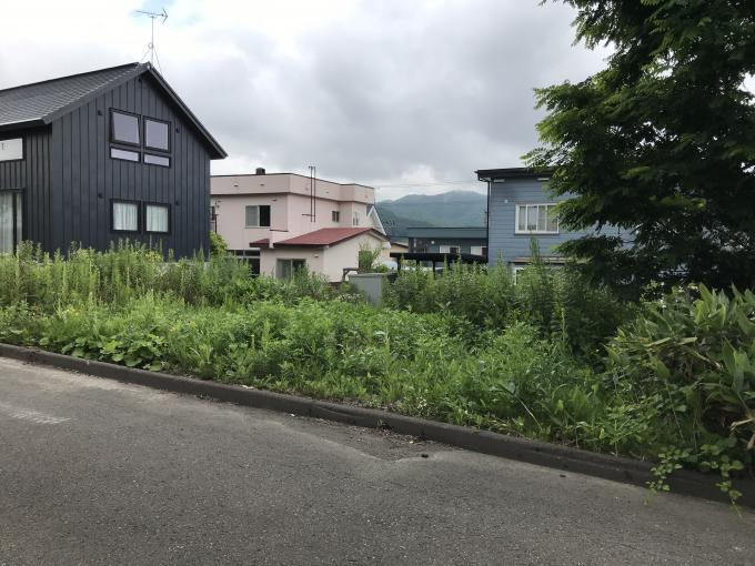 北海道札幌市南区藤野四条7丁目283-30 の売買土地物件詳細はこちら
