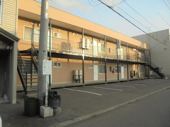 北海道札幌市東区東苗穂四条1丁目11-8 の賃貸アパート物件詳細はこちら