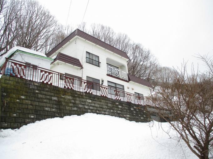 北海道小樽市高島5丁目4-19 の売買中古一戸建物件詳細はこちら