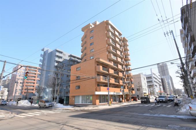 北海道札幌市中央区北五条西16丁目2-16 の売買中古マンション物件詳細はこちら