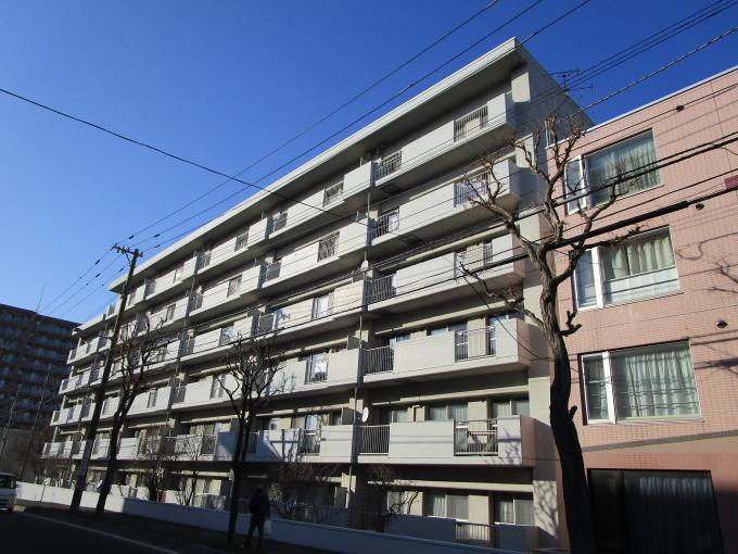 北海道札幌市白石区本郷通1丁目北4-1 の売買中古マンション物件詳細はこちら