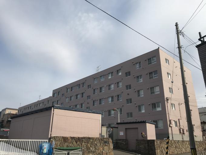 北海道札幌市豊平区西岡二条8丁目5-1 の売買中古マンション物件詳細はこちら
