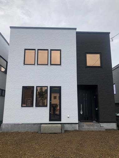 北海道札幌市東区東苗穂十二条3丁目17-16 の売買新築一戸建て物件詳細はこちら
