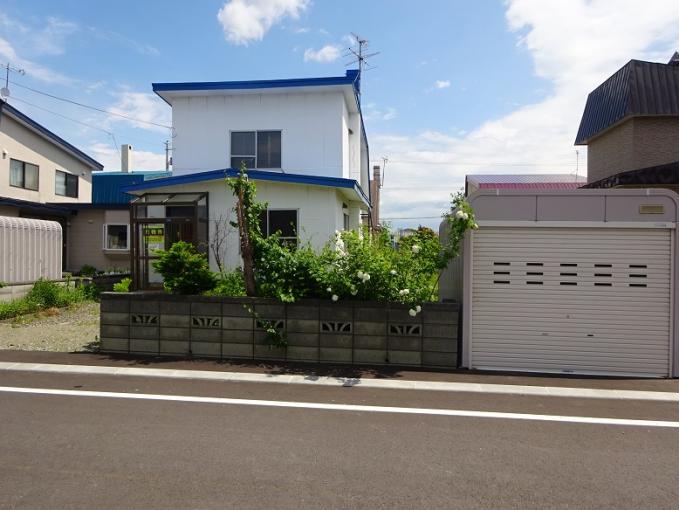 北海道岩見沢市ふじ町一条1丁目49 の売買中古一戸建物件詳細はこちら