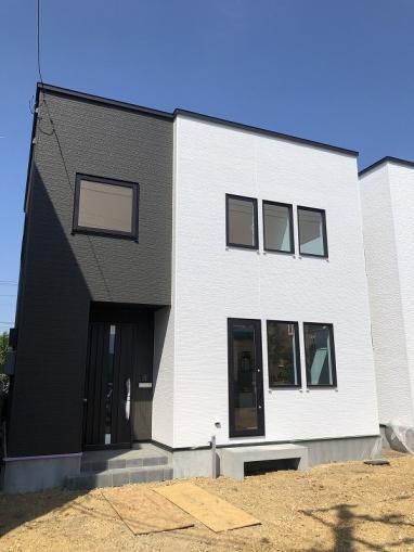 北海道札幌市東区東苗穂十二条3丁目17-17 の売買新築一戸建て物件詳細はこちら