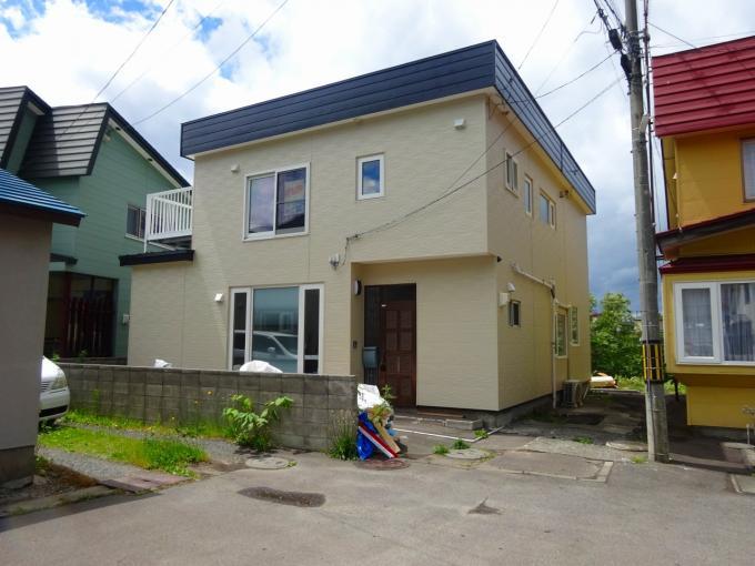 北海道小樽市朝里4丁目5-23 の売買中古一戸建物件詳細はこちら