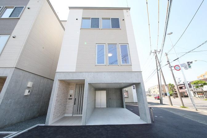 北海道札幌市白石区菊水元町二条 の売買新築一戸建て物件詳細はこちら