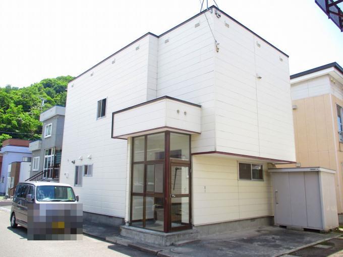 北海道小樽市奥沢4丁目24-5 の売買中古一戸建物件詳細はこちら