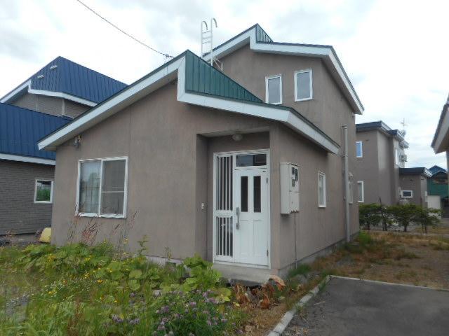 北海道岩見沢市西川町646-28 の売買中古一戸建物件詳細はこちら