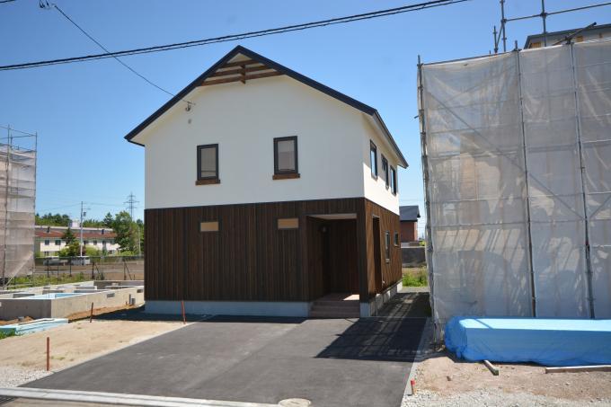 北海道千歳市富丘3丁目 JR千歳線[千歳]の売買新築一戸建て物件詳細はこちら