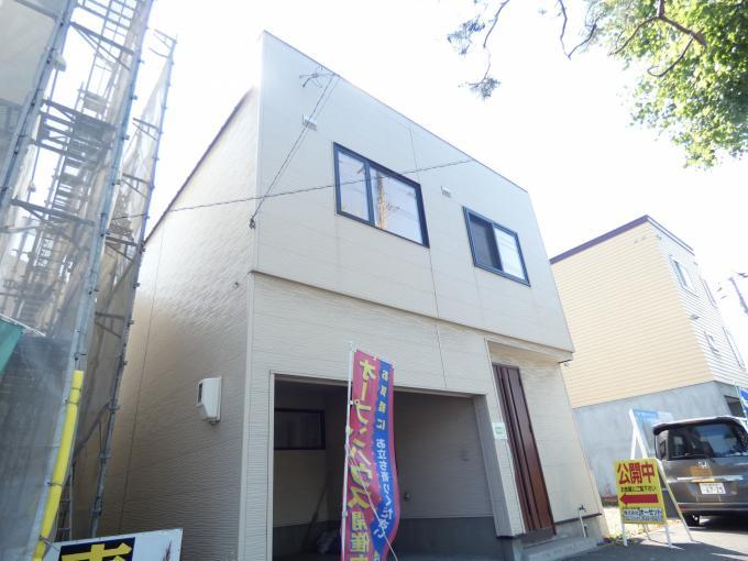北海道札幌市西区西野四条3丁目4-19 の売買中古一戸建物件詳細はこちら