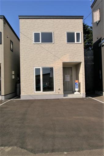 北海道札幌市東区本町二条8丁目1-45 の売買新築一戸建て物件詳細はこちら