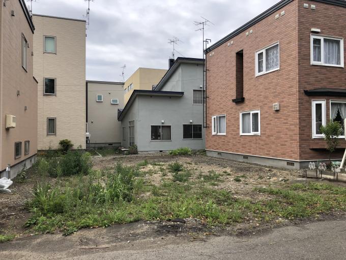北海道札幌市白石区中央三条2丁目3番18号 の売買土地物件詳細はこちら