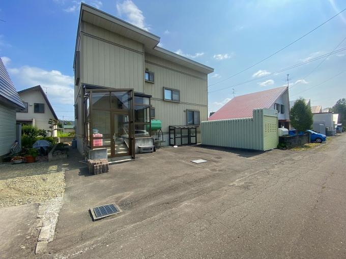 北海道三笠市榊町461-17 の売買中古一戸建物件詳細はこちら