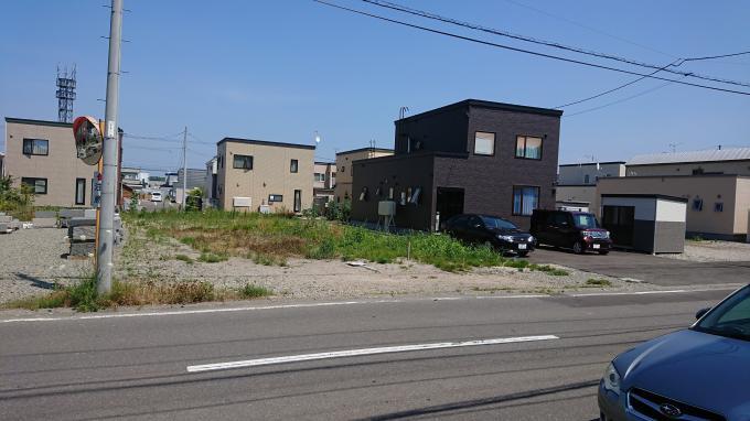 北海道札幌市南区石山二条 の売買土地物件詳細はこちら