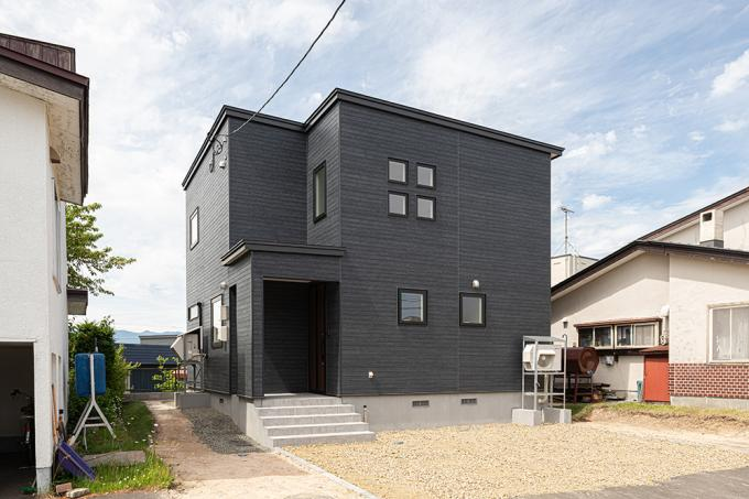 北海道札幌市南区澄川六条11丁目14番5号 の売買新築一戸建て物件詳細はこちら