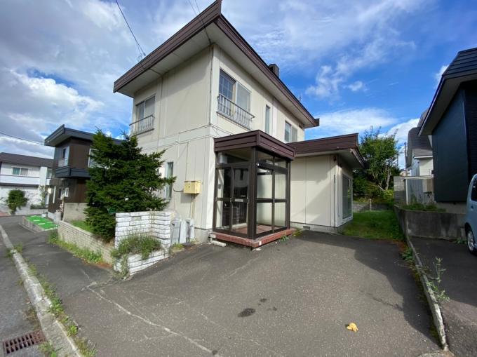 北海道札幌市西区西野十条9丁目3-13 の売買中古一戸建物件詳細はこちら