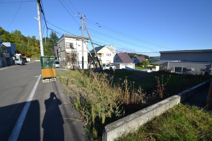 ◆南沢6条2丁目 建築条件無し 二方角地 住環境良好◆ 画像2
