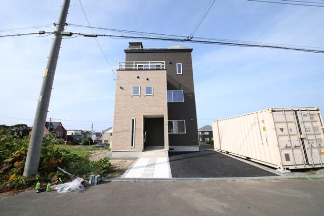 北海道小樽市張碓町505番106 の売買新築一戸建て物件詳細はこちら