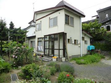北海道小樽市桂岡町8-3 の売買中古一戸建物件詳細はこちら